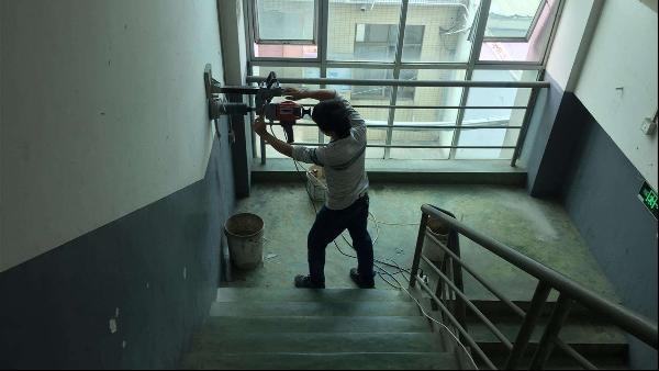 房屋抗震鉴定要交给专业检测机构